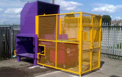 2 Yard Static Compactors with Lifter